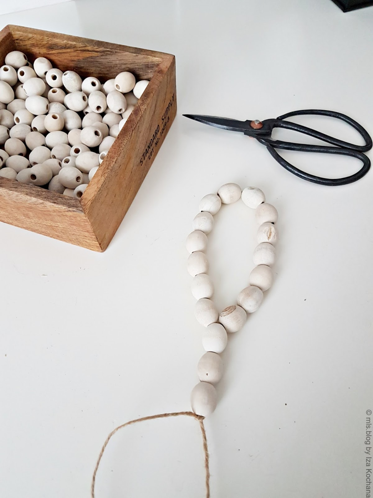 Wooden beads decor