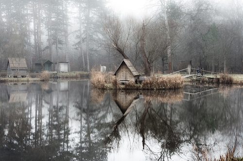 00-Viktor Egyed-Photographs-of-the-Enchanted-Fishing-Village-www-designstack-co