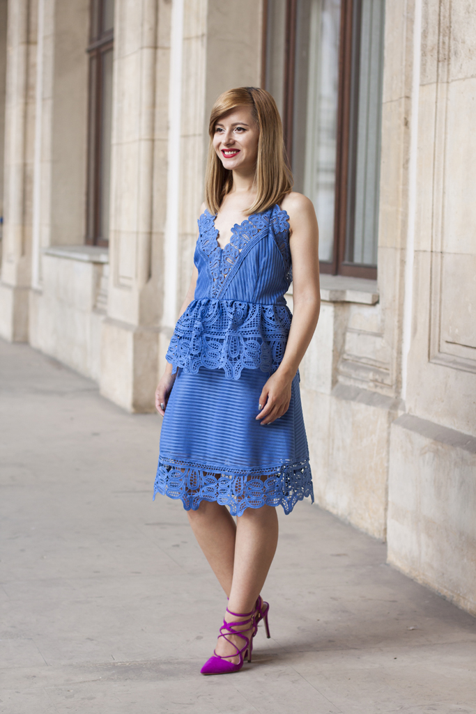 how to wear the lace dress