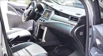 Nội thất Toyota Innova 2.0E MT 2018 đã qua sử dụng màu Bạc