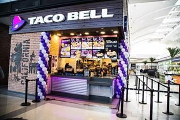 Taco Bell abre primeira unidade em Santos