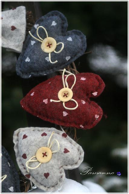 wianek z filcowych serc, wianek z serc, walentynkowy wianek, filcowe serca, felt wreaths, felt hearst, valentine wreaths, valentine heart