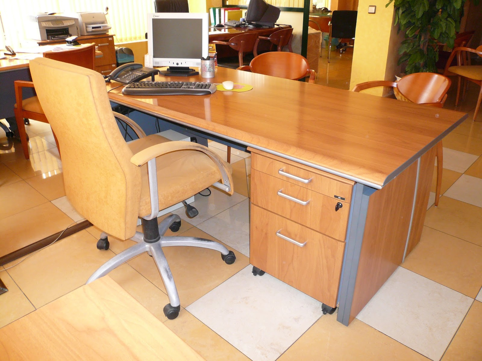 Muebles Oficina Segunda Mano Galicia | Modelos De Muebles Para ...