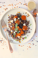 http://cookalifebymaevaen.blogspot.fr/2016/02/black-whole-rice-coral-lentils-soft-goat-cheese-carrots-dried-raisins-cranberries-tahini-olive-oil.html