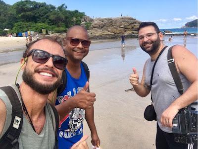 Rafael Paiva,o auxiliar Jurandir Ferreira e o cinegrafista Paulo Cesar Junior  Crédito: Divulgação/SBT