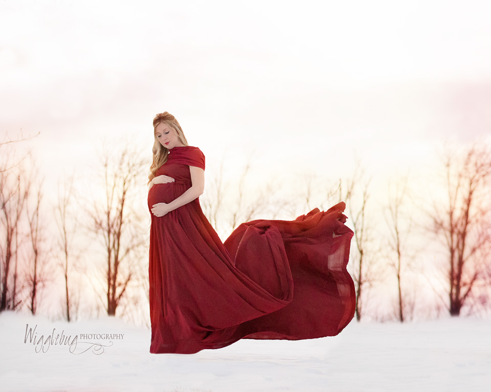 Stunning Outdoor Maternity Photos DeKalb, Sycamore, Geneva, IL