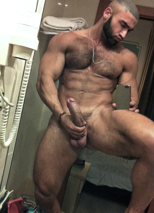 Big Dick Muscled Naked