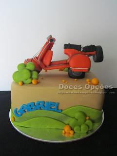 bolos aniversário scooter vespa bragança