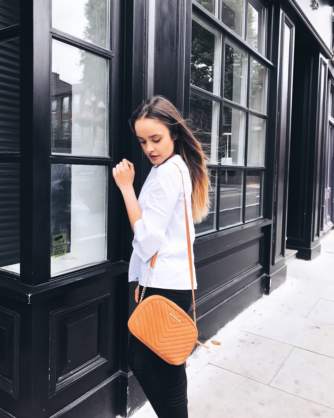 HOW TO LOOK STYLISH WITH A SMALL BUDGET