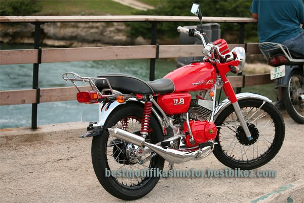 Modification Bikerz: Modifikasi Yamaha RX Special 1981