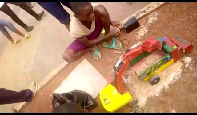 TALENTED KIDS MADE WORKING TPPER AND EXCAVATOR IN ENUGU