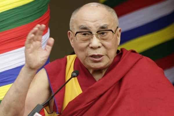 भगवान बुद्ध का दर्शन करके बोले दलाई लामा, भारत हमारा गुरु और हम इसके शिष्य हैं