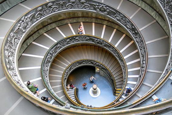 Escalera helicoidal Museos Vaticanos. 20 cosas que saber de Roma.