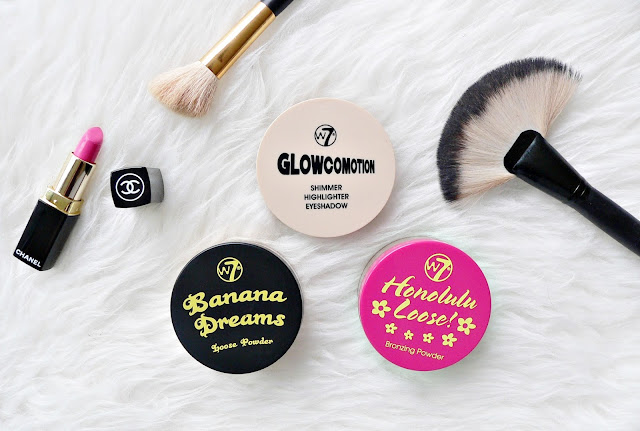 w7 make-up cosmetics review swatches - banana dreams loose powder - honolulu loose bronzing powder - glowcomotion shimmer highlighter eyeshadow budget