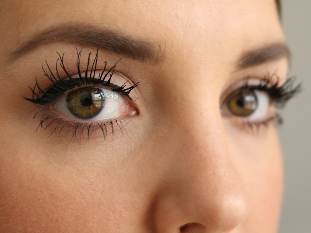 c69beafd54f Mascara Monday: Lancome Grandiose Extreme Mascara Review with Before and  After