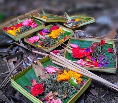 Contoh Ceritra Tentang Kekuasaan Tuhan, Ida Sanghyang Widhi Wasa Dalam Hindu