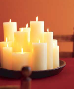 This simple arrangement of candles adds an elegant decor element.