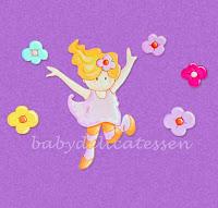 silueta de madera infantil niña saltando con flores babydelicatessen