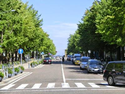 横浜:日本大通り