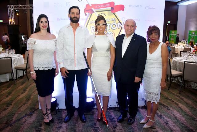 Virginia Gomez, Endel Guerra, Francia Hungria, Ricardo Kawa y Minerva Nuñez.