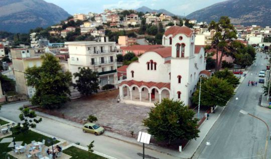 Θεσπρωτία: Στην ακριτική κωμόπολη Φιλιατών δεν λειτουργεί ξενώνας, ούτε υπάρχει ξενοδοχείο!