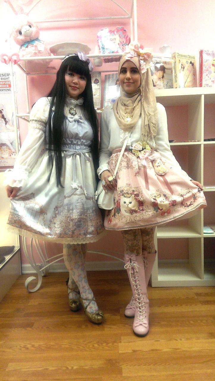 ازياء محجبات مستوحاة الموضة اليابانية tumblr_ngm3if7re91qi