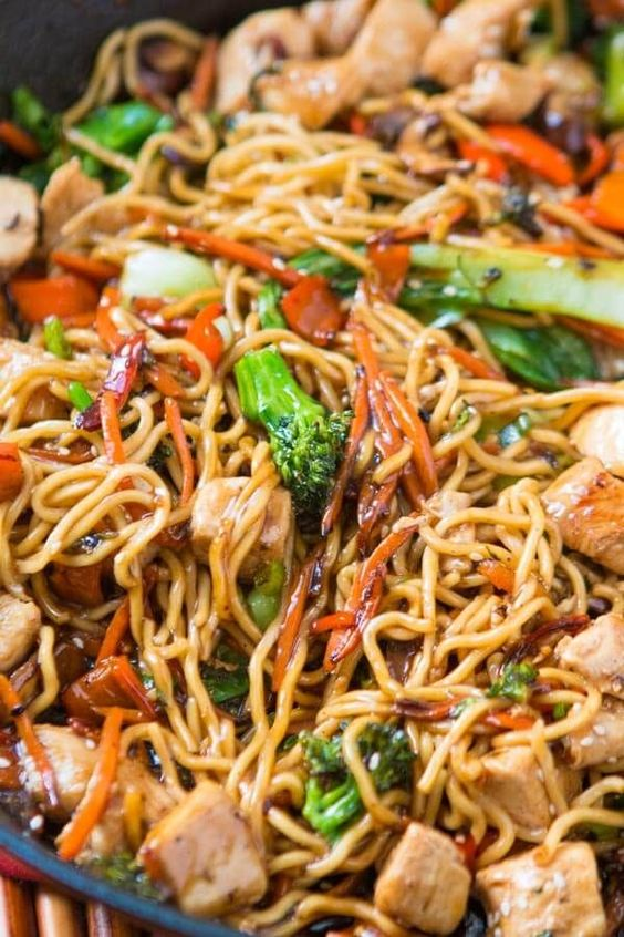 Quick and Easy 15 Minute Chicken Stir Fry - Chicken Recipes