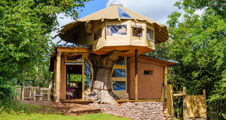 Formidable Joy | Formidale Joy Blog | Five offbeat & cosy places for a digital detox | Quirky Accomodation | Treehouses | Hidden treehouses