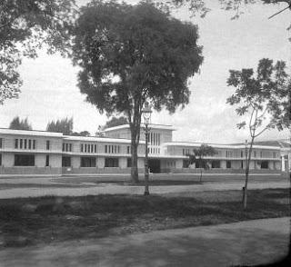 Sekolah Tinggi Hukum (Rechtsshogeschool)