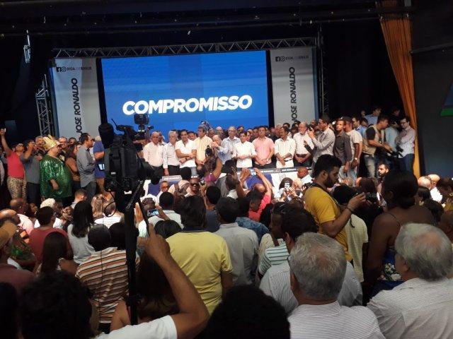 Prefeito do DEM renuncia para ser candidato a governador da Bahia