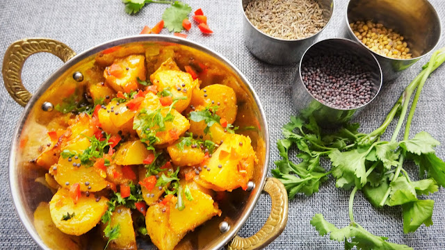 bombay-aloo-spicy -potatoes-Indian-side-dish-vegetarian-vegan-