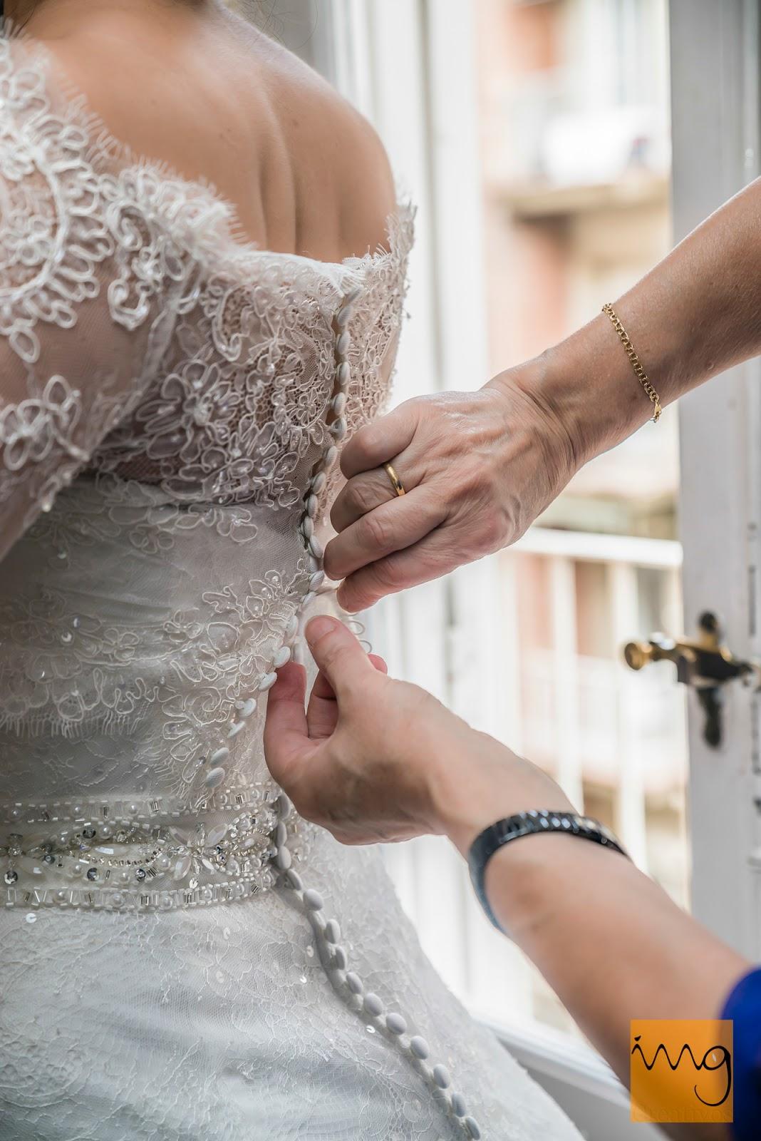 Fotografía de boda, detalle del vestido