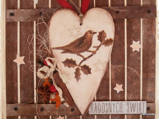 drewniane serce z ptaszyną -decoupage