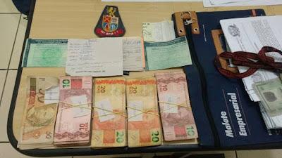 POLÍCIA MILITAR DE IGUAPE PRENDE 4 PESSOAS POR ROUBO A SUPERMERCADO