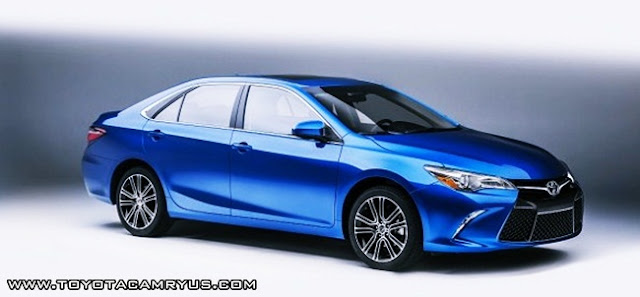 2017 Toyota Camry Hybrid Review Price