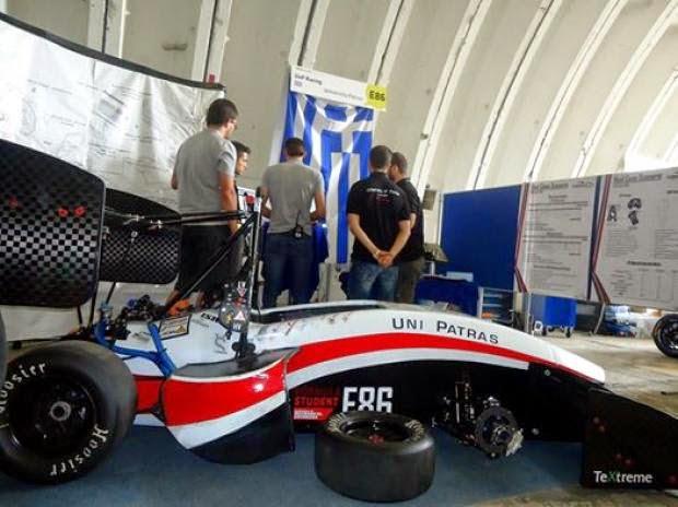 Με έξι χρυσά μετάλια επέστρεψαν φοιτητές σε διεθνή διαγωνισμό για οχήματα Formula