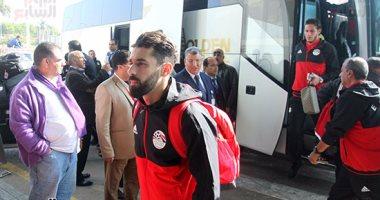 وصول لاعبي منتخب مصر الى الجابون