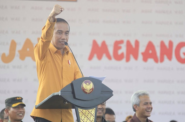 Tim Ekonomi Jokowi Tak Dirombak, Reshufle Kabinet Kerja Antiklimaks