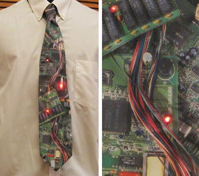 diseño de corbata de computadora para ingeniero en sistemas