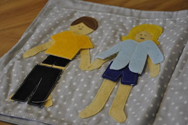 książka manipulacyjna dla malucha quiet book, ubieranka, dzieci, szafa na ubranka, lalki