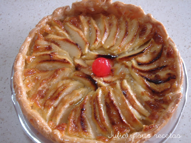 Tarta de manzana con hojaldre. Julia y sus recetas