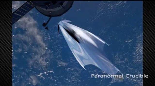 La francesa quizá contempló una masiva nave espacial desde la ISS