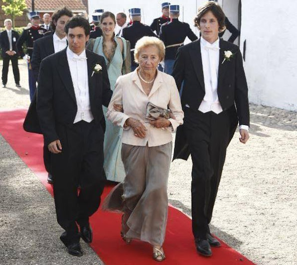 The Press Office of Danish Royal Palace announced that Barones Odile de Sairigne, the grandmother of Princess Marie of Denmark died at the age of 98 at her house in Paris