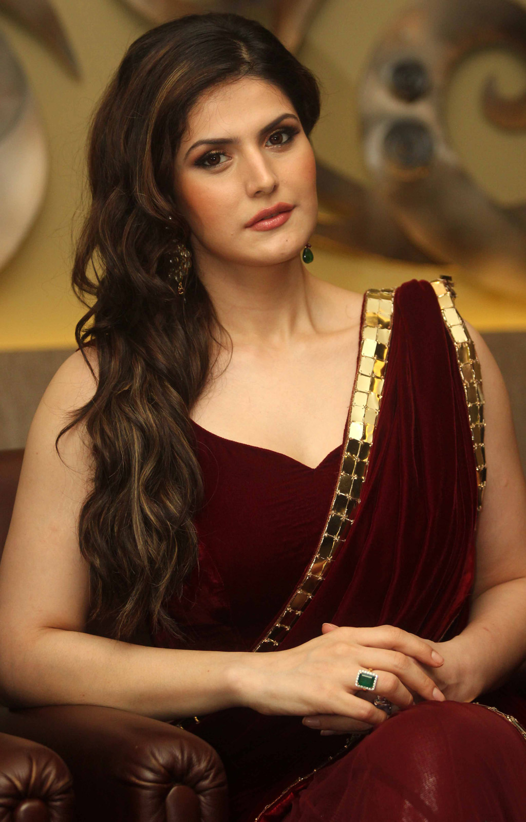 Zarine Khan Hot Photos In Red Saree At Indian Wedding -4424