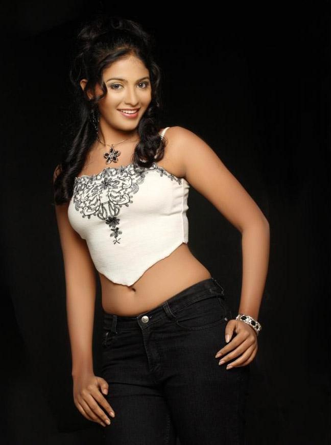 Ramya Nambeesan Cute Wallpapers Latest Movie Masala Anjali Telugu Actress Hot Photoshoot