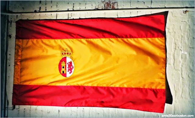 Bandera de España en la Isla de Alcatraz