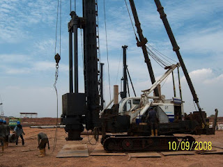 mobilisasi alat pancang pile hammer
