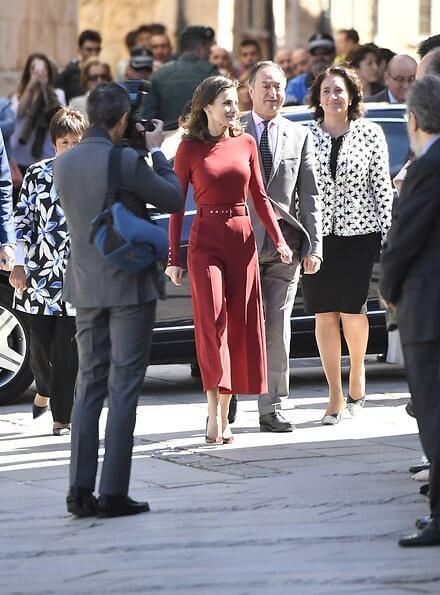 Letizia wore Hugo Boss Frankie wool Sweater Hugo Boss Trima cropped wide leg trousers, Lodi Ranero xgo pumps