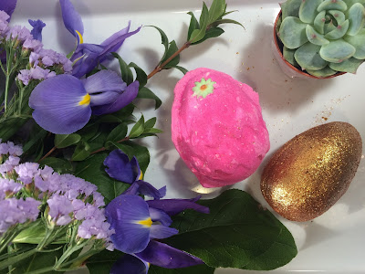 lush easter collection pink egg glitter sparkle egg bath bomb