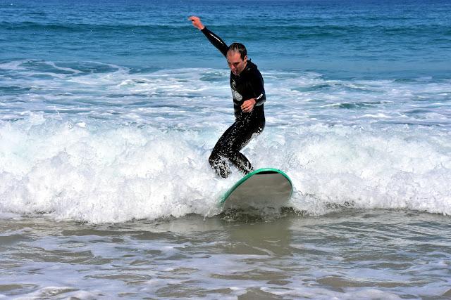 Surfeando mi primera ola